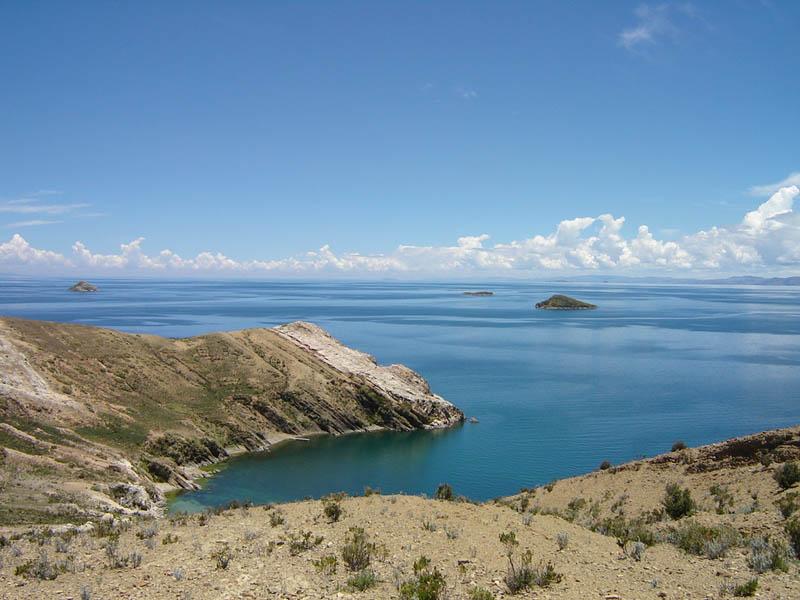 Bolivia, insenatura sul lago Titicaca