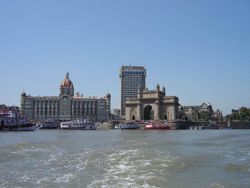 Mumbai,la Porta dell'India e l'Hotel Taj Mahal.