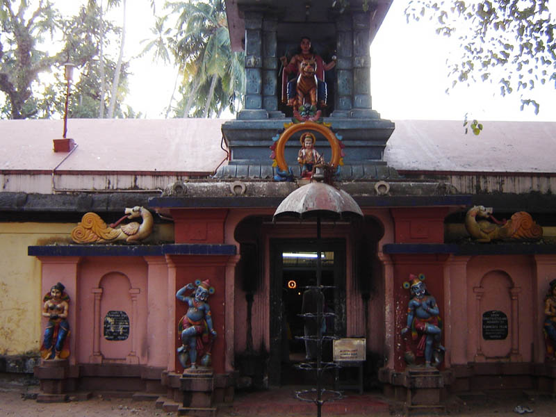 India, Varkala - Temple Junction.