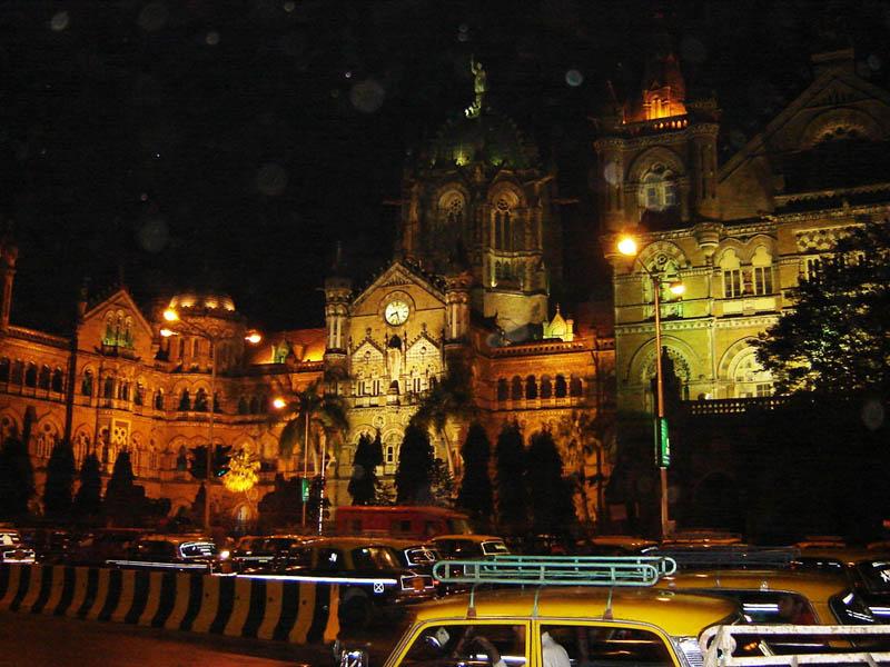 Mumbai, Victoria Station.