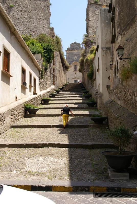 Lipari, verso la Cattedrale