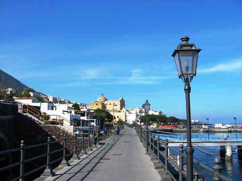 Salina, porto di S.Marina.